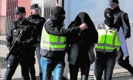 """إسبانيا.. الإرهابيون الجزائريون المعتقلون كانوا ينشطون كـ""""ذئاب منفردة"""""""