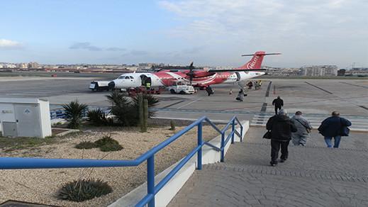 بسبب الرياح القوية تحويل رحلات جوية وإلغاء أخرى من إسبانيا إلى مدينة مليلية