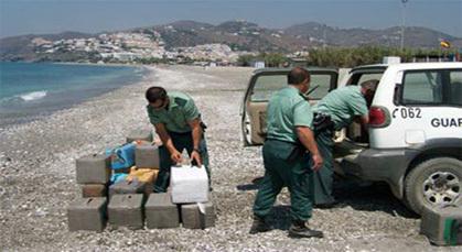 اعتقال 9 أفراد من الحرس المدني الاسباني ومغربيين ضمن عصابة لتهريب المخدرات