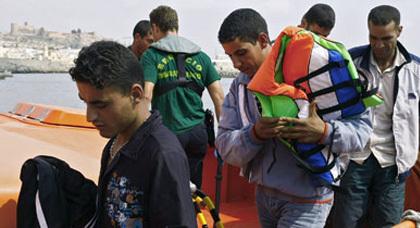 الحكومة الاسبانية تفتح باب المغادرة الطوعية وهذه بعض شروط الاستفادة