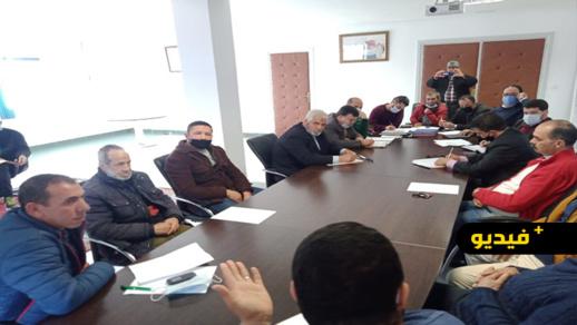 جماعة الناظور تجتمع مع ممثلي بعض جمعيات الأسواق لتدارس وضعيتها وتتخذ عدة قرارات