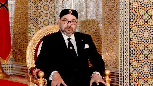 التطاول على ملك البلاد من طرف الإعلام الجزائري يفجر حملة غضب واسعة على مواقع التواصل