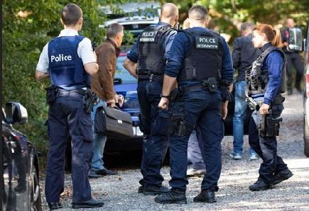 """بلجيكا.. شاب """"ريفي"""" متهم بالاختطاف وتهريب المخدرات يستنفر الشرطة"""