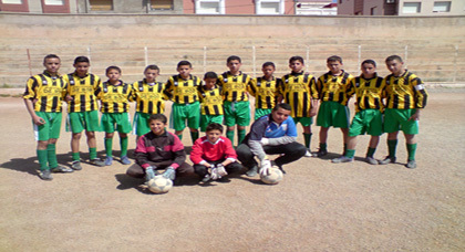 فريق أشبال زايو يجدد تفوقه بانتصاره على فريق الاتحاد الرياضي الناظوري