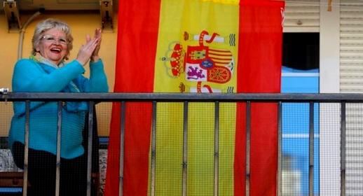 بوادر تخفيف قيود الحجر الصحي بإسبانيا وإطلاق حرية التنقل تلوح في الأفق