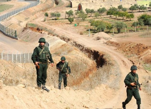 الجيش الجزائري يقتحم أراضي مغربية بفكيك