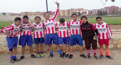 فريق أشبال زايو يتألق في الدوري المدرسي بمدينة أحفير