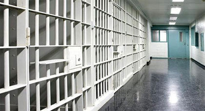 كل ما ينبغي أن تعرفه عن المواطنين المغاربة القابعين في سجون الجزائر