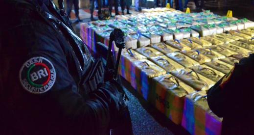 عملية أمنية جديدة تسفر عن حجز حوالي طنين من مخدر الحشيش