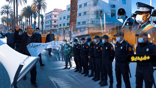 وسط إنزال أمني كبير.. معطلو الناظور يعلنون عودتهم الى الاحتجاج بتنظيم مسيرة تجاه مقر العمالة