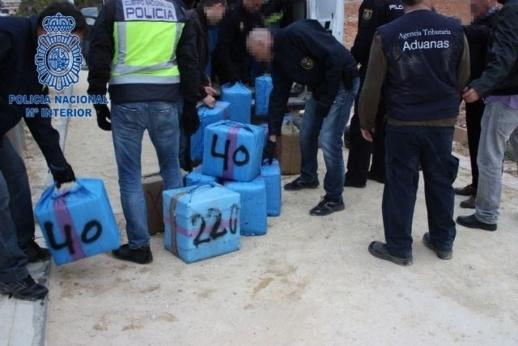 إسبانيا تضبط شحنة قياسية من الحشيش القادم من المغرب