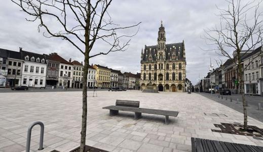 إغلاق المدارس والمتاجر والساحات العمومية لمدة 3 أسابيع ببلجيكا