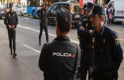 إصابة 7 أشخاص في عملية دهس متعمد وسط إسبانيا