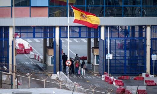 اسبانيا تصدر قرارا جديدا بشأن إغلاق المعابر الحدودية لسبتة ومليلية