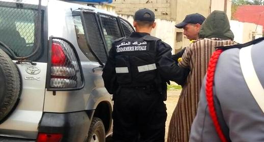 """عناصر الدرك الملكي بسلوان تعتقل """"ولد جن"""" وتحجز بحوزته أصفاد حديدية وسيارة مزورة"""