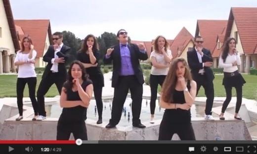 بالفيديو.. شباب جامعة الأخوين يستهزئون بجامعتهم بطريقة غانغام ستايل
