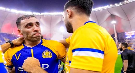 الاتحاد السعودي يصدم اللاعب المغربي عبد الرزاق حمد الله بقرار تأديبي جديد