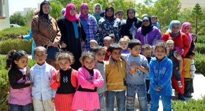 نساء دوار اولاد عبد الله يحتجون لتوفير مدرسة لتعليم ابنائهم