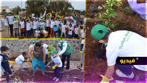 حملة نظافة واسعة بمنتزه ريكولاريس  بالناظور من تنظيم جمعية تويزا للإغاثة