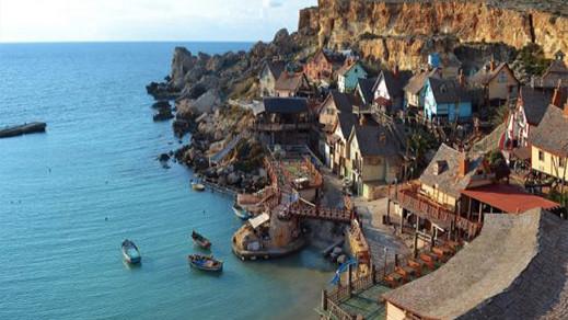 دولة أوربية تمنح 200 أورو لكل شخص يزورها خلال الصيف