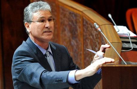 الحسين الوردي.. أول وزير مغربي يجيب في البرلمان بالأمازيغية