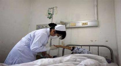 """ممرضة بأزيلال تعود قرونا إلى الوراء إثر وصفها بعنصرية الأمازيغ بـ""""البربر المكلخين"""""""