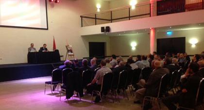 السفير المغربي بهولندا السيد البلوقي يتواصل بأمستردام  مع الجالية المغربية