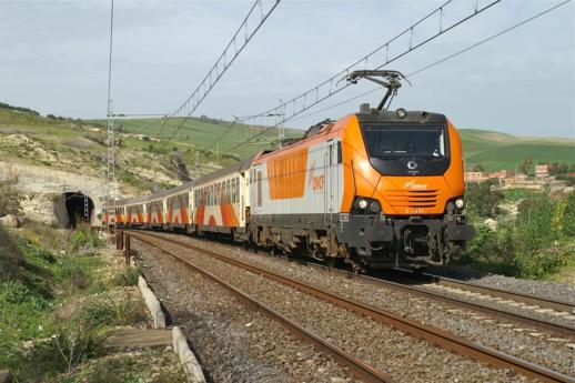 """""""السكك الحديدية"""" تقدم عروضا استثنائية للجالية المغربية"""