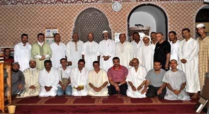 تكريم محسنين وتوزع الجوائزعلى الفائزين في تجويد القرآن وحفظه بمسجد الحسن الثاني بزايو