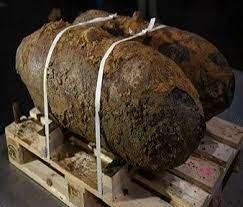 تعطيل قنبلة تزن نصف طن تعود إلى الحرب العالمية الثانية