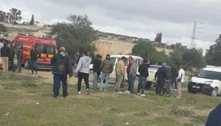 حادث مأساوي.. صخرة كبيرة تنهي حياة ستيني غرب إقليم الحسيمة