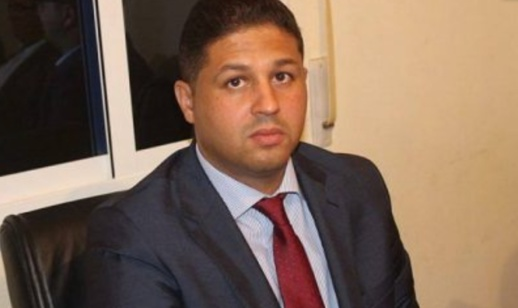 مثير.. رئيس جماعة رأس الماء أحمد الجيلالي يقدم على طرد سائق سيارة إسعاف