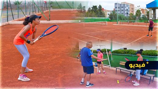تنظيم دوري وطني بمشاركة 80 متباريا في رياضة التنس بالناظور