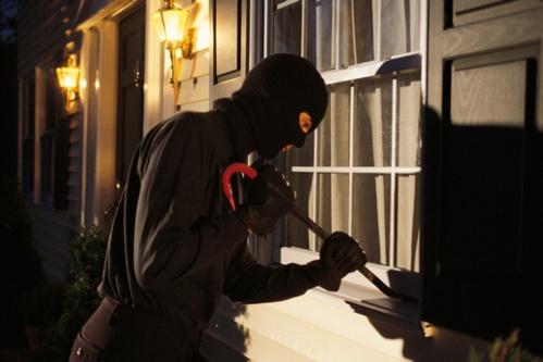 """احباط محاولة سرقة منزل بـ""""ترقاع"""" وتوقيف عنصر من أفراد العصابة"""
