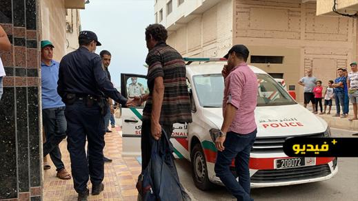 بعد إعتدائه على عون سلطة وعدد من المواطنين.. توقيف متشرد ونقله إلى مستشفى الأمراض العقلية والنفسية بالعروي