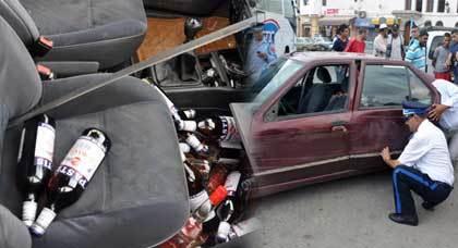 الشرطة تتمكن من ضبط سيارة محملة بالخمور بعد عملية مطاردة ناجحة