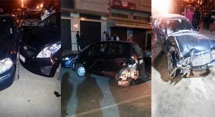 أربعةُ اصطداماتٍ خطيرة بينَ 3 سيّارات وكراج إصلاح العجلاتِ بحيّ لعراصي بالناظور