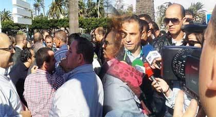 أصحاب المحلات التجارية بمليلية يخوضون إضرابا احتجاجا على قرار إخراج السلع من معبر باريوتشينو