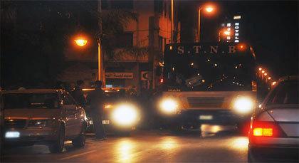 رُكّابٌ بحافلة للنقل الحضري بالناظور يوقفون لِصًّا حاول سرقة محفظة مالية