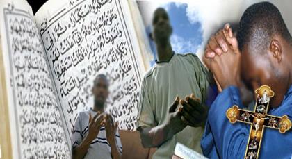 احتيال: أفارقة يختفون خلف زي الإسلام لاستجداء الصدقات ويتحولون إلى مسيحيين في مليلية