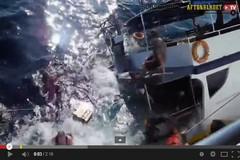غرق قارب ممتلئ بالسياح