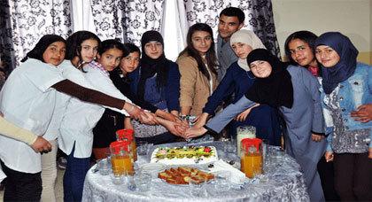 الجمعية الخيرية الاسلامية دار البر وجمعية مدينتي تستقبل اللاعبة دنيا كوردو