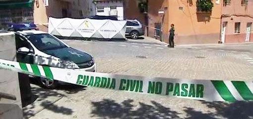 مغربـي يذبح زوجته السابقة وعشيقها باسبانيا وهو الآخر يقوم بشنق نفسه