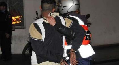 لص يسرق هاتفا ذكيا لأحد أفراد الجالية بالكورنيش ورجال الأمن يلقون القبض عليه