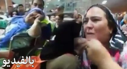 شوهة: شاهدوا بالفيديو بكاء وحالات إغماء وإزدحام في صفوف أفراد الجالية بميناء طنجة