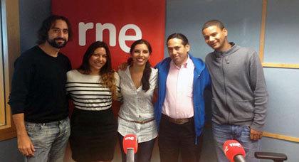 الراديو الوطني الإسباني يستضيف الفنانين الأمازيغيين الرحماني عبد العالي وعماد العمراني