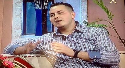 """الكوميدي علاء بنحدو ضيف برنامج """"تينوبكا"""" على شاشة القناة الأمازيغية الثامنة"""