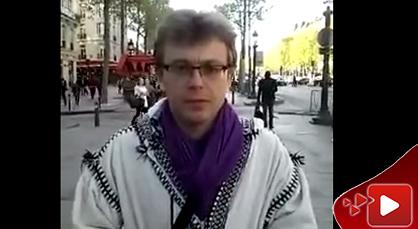 بريطاني يغني بالريفية مقطعا من إحدى أغاني الفنان المرموق الوليد ميمون