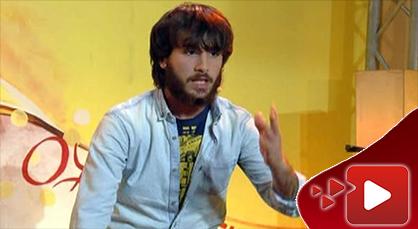 إبن الناظور علاء البشيري في عرض كوميدي ساخر على الشاشة الأمازيغية