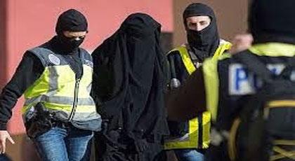 """المحكمة تقضي  بعقوبة سنتين من الحرية المراقبة والمشروطة """"لداعشية مليلية"""" التي اعتقلت قبل سنة"""